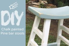 DIY Chalk Painted pine barstools for our country chic kitchen island  #chalkpaint #diychalkpaint #countrykitchen #pinebarstool #chalkpaintmakeover #grannyBchalkpaint #FiredEarthChalkPaint