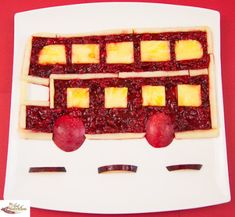 Double Decker Raspberry #Bus #meal