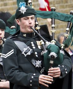 Irish Guards' Drums and Pipes