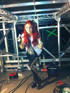 Jesy backstage! Mixers HQ x