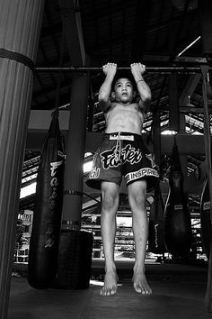 ♂ world Martial Arts Muay Thai gettin it in at a young age