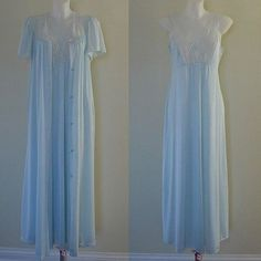 e37077f9b63 Vintage Blue Peignoir Set 1980s Pegnoir Set by MadMakCloset Housecoat