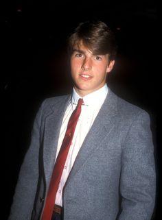 Pin for Later: So liefen die Stars zum ersten Mal über den roten Teppich Tom Cruise, 1981