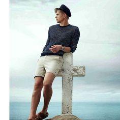 El modelo brasileño Diogo Castro Gomes  posa para el lente de Guilherme Licurgo en la edición número 20 de ADON Magazine