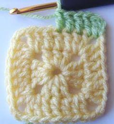 Hekel Idees: Hekel Tutoriaal: Soliede Vierkant Beginner Crochet Projects, Crochet For Beginners, Afrikaans, Baby Quilts, Chalk Paint, Crochet Patterns, Crochet Ideas, Knitted Hats, Free Pattern