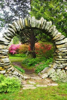 Azalea Gardens Kingston, RI        #VisitRhodeIsland