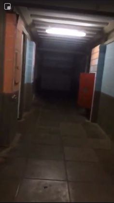 Dare Anyone to Explain This Creepy Morgue Video - Fortnite Scary Creepy Stories, Creepy Gif, Creepy Images, Creepy Pictures, Spooky Scary, Ghost Pictures, Creepy Videos, Scary Photos, Arte Horror