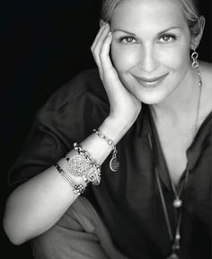 Available at London Jewelers Americana Manhasset. Kelly Rutherford Style, Carolyn Murphy, Love Her Style, Classic Style, Jewerly, Lily, Gossip Girls, Silver, Lockets