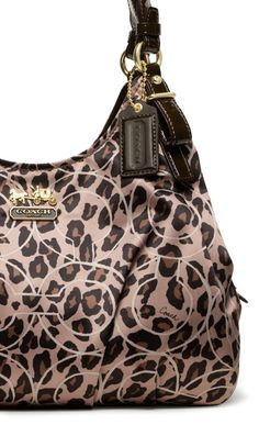Fall Coach Bag .. Click here to score some #Free Coach! #Fashion