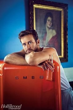 Magazine: Armie Hammer ( estrela do filme 'Call Me By Your Name,' é capa da Hollywood Reporter fotos de Brian Bowen Smith ( Armie Hammer, Most Beautiful Man, Gorgeous Men, Pop Culture References, Hommes Sexy, The Hollywood Reporter, Weekend Vibes, Poses, Attractive Men