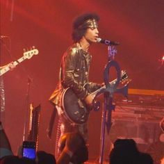 Prince 30 years in pictures — Prince Pictures Of Prince, The Artist Prince, Baby Prince, Dearly Beloved, Roger Nelson, Prince Rogers Nelson, Beautiful One, Afro Hairstyles, American Singers