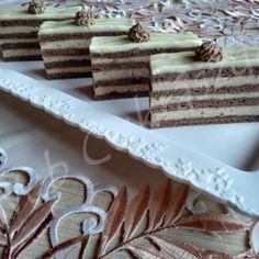 Édes sütemények – Oldal 11 Izu, Clean Eating, Place Card Holders, Sweets, Candy, Chocolate, Crafts, Food, Biscuits