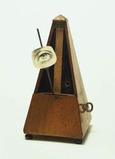 notationnotes:  Objeto para ser destruido / Objeto de destrucción/Objeto Indestructible :: Marcel Duchamp (1923/63)
