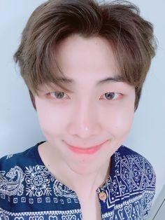 RM Tweet: hôm nay cũng cố gắng nhé