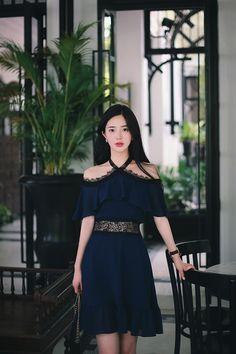 Korean Fashion Trends, Korean Street Fashion, Asian Fashion, Cute Dresses, Casual Dresses, Girls Dresses, Fashion Drawing Dresses, Fashion Dresses, Classy Outfits