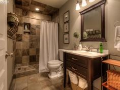 """Traditional 3/4 Bathroom with Flush, Undermount Sink, Raised panel, High ceiling, Ronbow Newcastle 30"""" Single Vanity"""