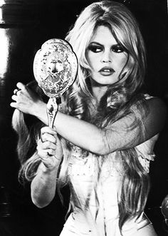 Bridgette Bardot had GREAT hair... :)