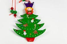 Handpainted Wooden Christmas Tree, Original Decoration. $20,00, via Etsy.