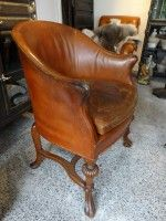 Edwardian leather tub chair on carved oak frame c.1900 - 1910 <br /><strong>(Click for more info)</strong>