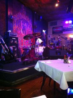 Seek out local culture at Hartford-favorite, Black Eyed Sally's where you can catch incredible jazz and blues performances. The Creole-inspired menu offering also makes this venue a gem of a date spot!