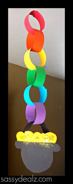 rainbow chain link craft for St. Patrick's Day