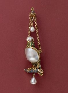 Parrot Pendant -- Late Centuries -- Spain -- @ Metropolitan Museum of Art Bird Jewelry, Animal Jewelry, Pearl Jewelry, Pendant Jewelry, Jewelry Art, Jewelery, Jewelry Design, Renaissance Jewelry, Medieval Jewelry
