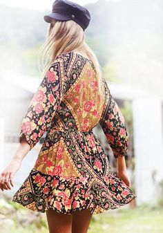 Check out our local label, Mahiya & their gorgeous leather accessories and stunning boho-luxe printed clothing, featuring original designs and prints. Boho Gypsy, Bohemian Style, Boho Chic, Gipsy Fashion, Boho Baby, Boho Wedding, Prom, Brand New, Clothes