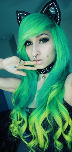 Hey everybody. I'm Britney also known as XXScreamKiwiXX. I'm different from others if you cant tell. I like making people happy and stuff. 21 and single so come say hello.