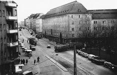 Liikennettä Sturenkadun ja Hämeentien risteyksessä, 1967.