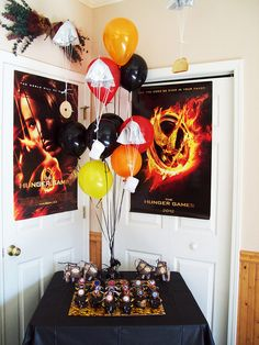 Find The Best Available Hunger Games Party Supplies & Favor Ideas For an Upcoming Hunger Games Party Hunger Games Party, Hunger Games Cake, Hunger Games Fandom, Hunger Games Humor, Hunger Games Trilogy, Party Games, Party Favors, 12th Birthday, Birthday Parties