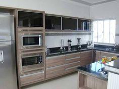 Resultado de imagem para cozinha madeira moderna