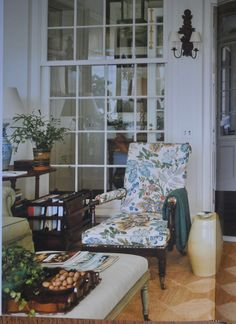 I spent a good portion of the last few days taking in the latest book from Gil Schafer, A Place to Call Home (yes, the exact same title a. Cafe Design, Interior Design, Design Studio Office, Interior Windows, Red Wallpaper, Living Spaces, Living Room, Country Style Homes, Classic House