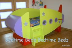 Olly would LOVE this bed, might incourage his buzz obsession just now though!