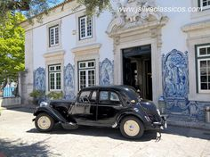 #Citroen de 1952 - Traction Avant 11 BL Citroen Traction, Traction Avant, Cool Cars, Antique Cars, Classic Cars, Castle, French, Vehicles, Cars