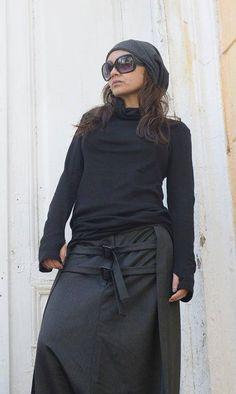 Black Long Sleeve Top / Thumb Holes Sleeve Blouse / Sexy