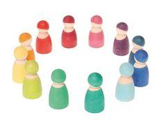 12 Rainbow Friends