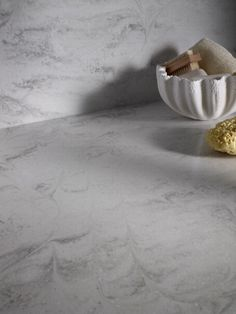 Kitchen Remodeling Countertops corian rain cloud - looks like carrara marble, easier to care for! Outdoor Kitchen Countertops, Kitchen Benches, Concrete Countertops, Kitchen Counters, Corian Countertops Colors, Corian Worktops, Kitchen Worktop, Bathroom Countertops, Quartz Countertops