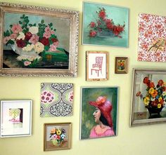 empty wall decorating with paintings