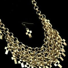 Chunky Necklace Name:Cross Necklace  Material:Zinc Alloy Jewelry Necklaces