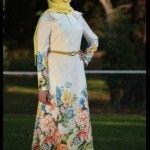 beyaz üç güllü fistan elbise