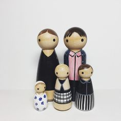 Custom Peg Doll Family of 5 Peg People painted to by PegBuddies