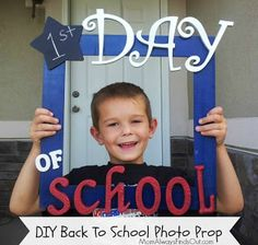 Step by Step direction on how to make this adorable photo prop for the 1st day of school!