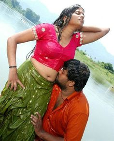 Very hot novel kiss photos in south movies