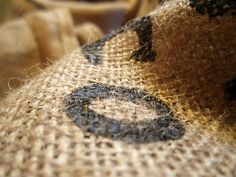how to sew burlap (how DID I know pinterest would be the place to find this info? haha)