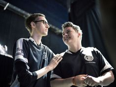 Team SoloMid and the SK Telecom T1 Model http://www.thescoreesports.com/lol/news/10013-team-solomid-and-the-sk-telecom-t1-model #games #LeagueOfLegends #esports #lol #riot #Worlds #gaming