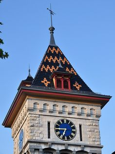 Time In The World, Time Of Your Life, Big Clocks, Outdoor Clock, Unusual Clocks, Street Lamp, Bern, Wainscoting, Wall Treatments