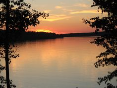 peace....watching the sunset on Lake Superior, MI :)