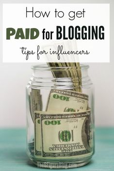 True Story of how one managed to earn a Full-Time Income from her from PAID Sponsored Work. Great tips for influencers who want to earn more online. Make Money Blogging, Way To Make Money, Make Money Online, How To Get, Content Marketing, Online Business, Budgeting, Social Media, Writing