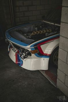 Bmw 3.0 CSL look the gorgeous 6 intake hone