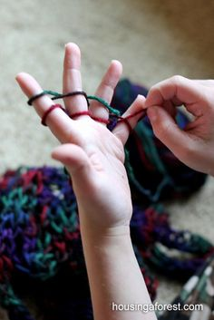 Finger Knitting - Simple tutorial that your kids will love. Great for road trips or a fun quiet time activity